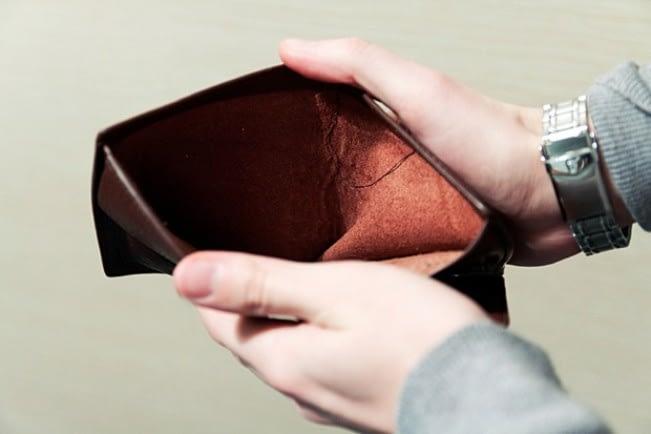 earn mo save less