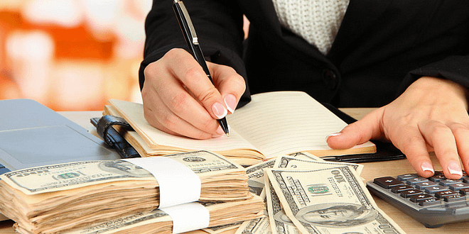 7 Money Habits That Are Keeping You Poor